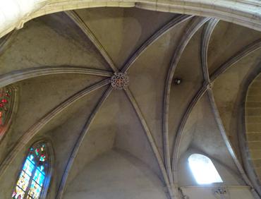 voûtes intérieures de l'église